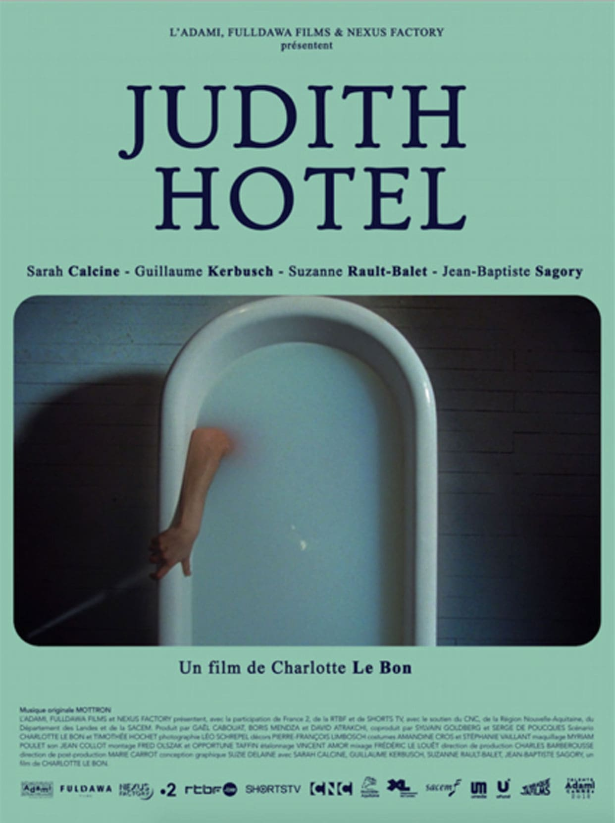 JUDIT-HOTEL-Charlotte-Le-Bon